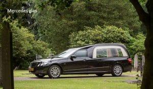 Vervoer Mercedes glas